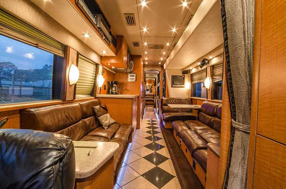 Coaches Entertainer Bus Charter